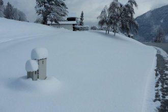 Idyllische Schneelandschaft um Haus Sonneck